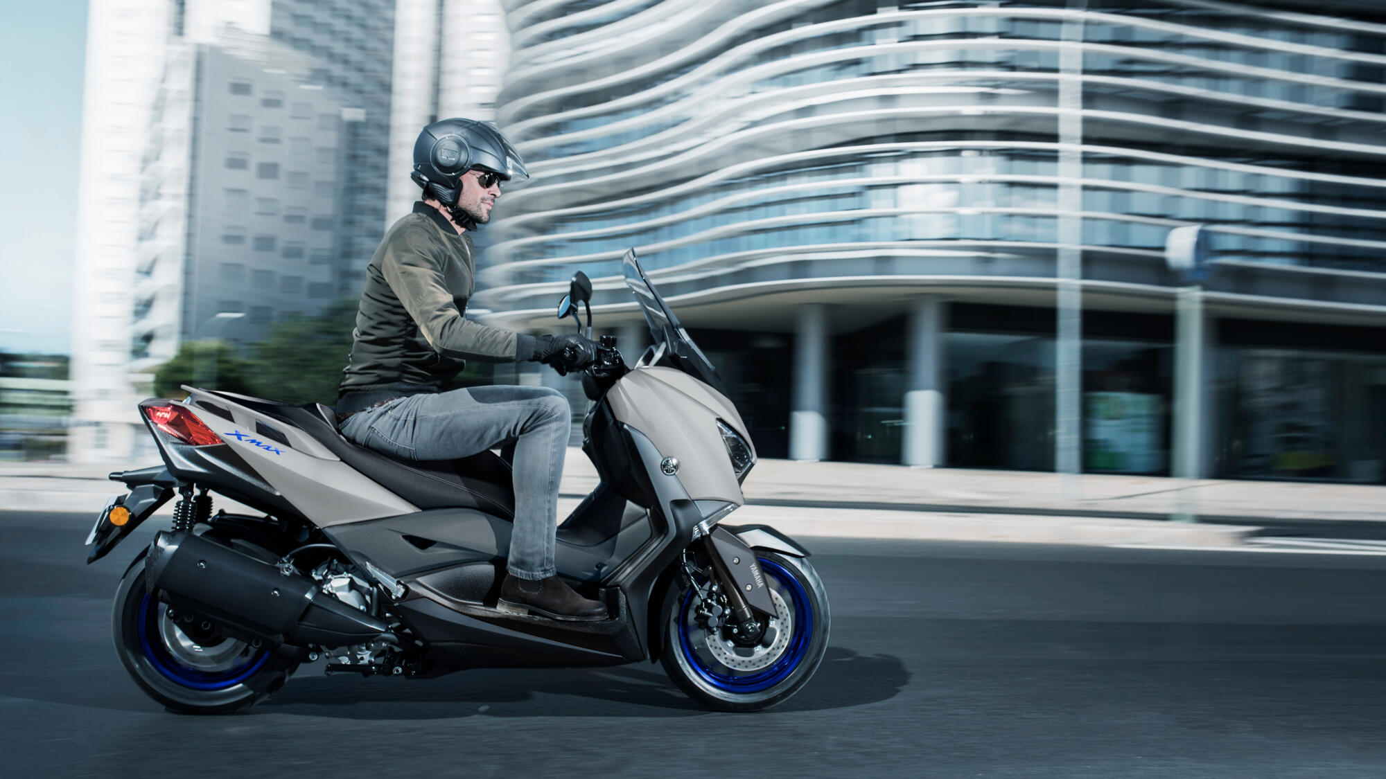 Yamaha XMAX300 mieten