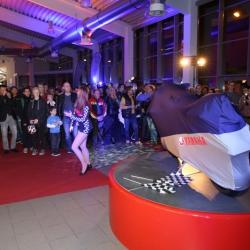 Yamaha YZF-R1 Premiere_11
