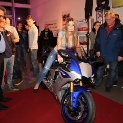 Yamaha YZF-R1 Premiere_23