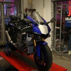 Yamaha YZF-R1 Premiere_32